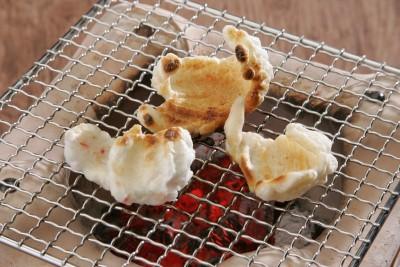 最高級こがねもち100%で作ったとっても美味しい杵つき餅です。